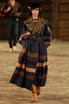 Chanel Metiers d'Art Paris-Dallas - Prefall 2014