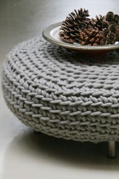 www.molitli.nl Great idea, i neec to learn to knit or crochet and cover my recycled tire ottoman like this