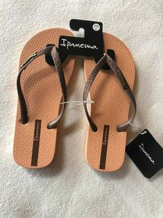 dec198e36 Womens NWT Ipanema Brown Glitter Flip Flop Sandals Size 6  fashion   clothing  shoes  accessories  womensshoes  sandals (ebay link)