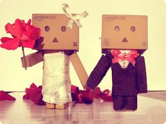 Cute Box Robots | amazon amazon box robot bow box couple cute danbo