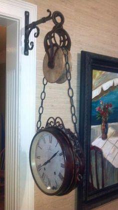 vintage pulley for clock hanger Country Decor, Rustic Decor, Farmhouse Decor, Farmhouse Style, Luminaria Diy, Deco Champetre, Vintage Industrial Decor, Deco Design, Diy Home Decor