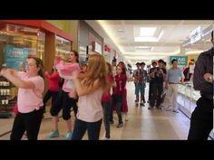 L'idée originale du flash mob à ESA est partie de deux filles de 12 ième années Myriam Ferron et Dominique Cacravane . C'est d'ailleurs cette dernière qui a chorégraphié la danse et la enseigné aux participants. Nous lui avons ajouté le thème d'intimidation étant donné que cette problématique touches l'ensemble de nos élèves de près ou de loin. Le flash mob est donc devenu une belle occasion de réunir les deux secteurs de l'école (6-8) et (9-12) pour une même cause.