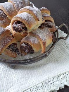 Kelt hájas kifli - Kifőztük Hungarian Desserts, Croissant, French Toast, Bread, Cookies, Traditional, Baking, Breakfast, Food
