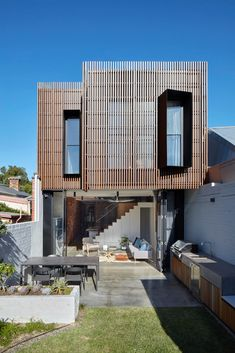 Fitzroy North House by MMAD Architecture | HomeAdore