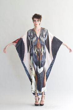 f491ed5f14f7 D kaftan s amazing.but d print of wings ind d front f kaftan.looks lyk a  hand.o say a sleeve  D me atleast