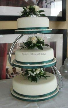 3 Tier wedding cake with fresh flowers
