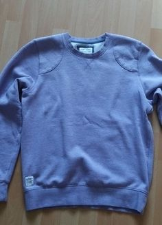 Kup mój przedmiot na #vintedpl http://www.vinted.pl/damska-odziez/bluzy/17235253-ciepla-fioletowa-bluza-przez-glowe-rozmiar-40