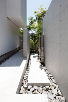 Balcony Design, Garden Design, Japan Interior, Exterior Design, Beach House, Sidewalk, Scene, Patio, World