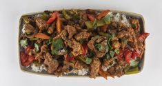 Sweet and sour pork by the Greek chef Akis Petretzikis. Make easily and quickly this juicy pork in a sweet and sour sauce, served with basmati rice! Recipe For Success, Pleasing Everyone, Chinese Food, Easy Meals, Yummy Food, Beef, Cooking, Recipes, Kitchen Stuff