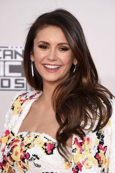 Nina Dobrev aux American Music Awards