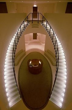 Andre Putnam... Lighting and stairs  DESIGN & INTERIORS - THE CONTRASTER