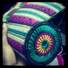 Plastic canvas. Making a purse.