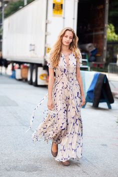 nothing says summer like a flowy maxi dress
