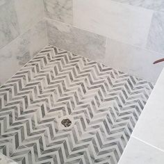 Whether you're looking for bathroom tile floor design ideas or bathroom tile designs for the walls, never fear; we've got a trove of failproof ideas which will look stunning in your bathroom. #TileIdeas #BathroomTile #TileFloor #TileDesign #SmallBathroom  #smallbathroomfloortileideasimages