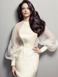 Only a week after 65-year-old model icon Twiggy was named a brand ambassador for L'Oreal Professionnel, the beauty brand has tapped actress Eva Green as an international spokesperson.