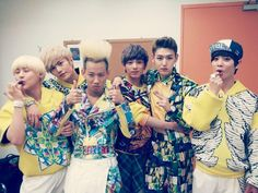 LC9 Group - AO ♥ first to the right
