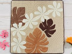 - Hawaiian quilt shop Miu-Mint-Aloha if it is a thing of Hawaiian quilt