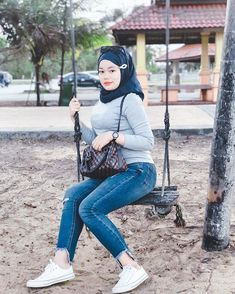 """❶❾ di Instagram """"Appreciate me well before anyone else replace it‼️"""" Hijab Jeans, Punk, Style, Anime, Instagram, Fashion, Swag, Moda, Fashion Styles"""