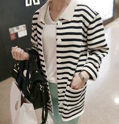 COLLARED LONG SLEEVED CARDIGAN