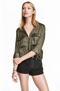 Camisa utilitaria - Verde caqui - | H&M 20€