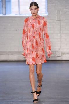 Jill Stuart Spring 2016 Ready-to-Wear Fashion Show - Ally Ertel