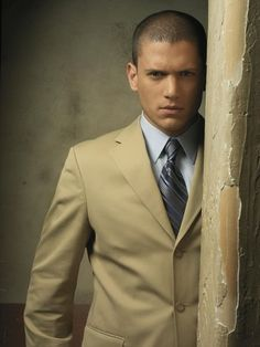 Wentworth Miller...I absolutely LOVE HIM!!!! My future husband if I ever have another one...which I don't...HAHA :p