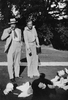 Cecil Beaton: costume balls and country house decadence from the 1920s to the 1970s - Telegraph