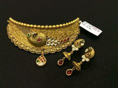 Wedding Jewellery Designs, Antique Jewellery Designs, Bridal Jewelry, Antique Jewelry, Jewelry Design, Gold Jewellery, Antique Gold, Jewelry Shop, Fashion Jewelry