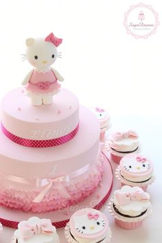 Hello Kitty and like OMG! get some yourself some pawtastic adorable cat shirts, cat socks, and other cat apparel by tapping the pin! Hello Kitty Torte, Torta Hello Kitty, Hello Kitty Birthday Cake, 13 Birthday Cake, Anniversaire Hello Kitty, Hello Kitty Themes, Ballerina Cakes, Minnie Mouse Cake, Girl Cakes