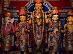 10 Durga Puja pandals in Kolkata you shouldn't miss : FYI, News - India Today
