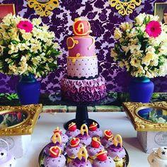 Descendants party #bolo #torta #Cake #descendientes #descendants #party #partyideas #cupcakes #ponquesitos @gabygalviz