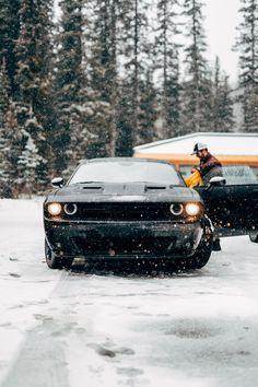 Black sports car front photo by Joey Banks ( on Unsplash Porsche Panamera, Porsche 911, Pictures Of Sports Cars, Car Pictures, Vehicle Pictures, Winter Pictures, Car Images, Car Photos, Banff National Park