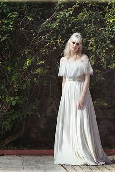 Eleni Kollarou / Wedding dress with lace