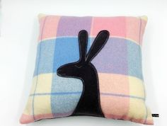 Rabbit Cushion Baby Gifts, Kids Room, Rabbit, Cushions, Craft Ideas, Throw Pillows, Pink, Crafts, Color