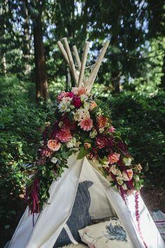 Little Gem Woodland Shoot | theglitterguide.com weddings by @bridalHQ