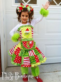 Girls Grinch Christmas Outfit  5 pc set  twirl skirt by pb3j, $110.00  Oh my...................