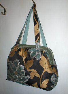CARPET BAG    Carpet bag made from a furnishing remnant.