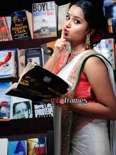 South Indian Actress SUSHMITA SEN PHOTO GALLERY  | 1.BP.BLOGSPOT.COM  #EDUCRATSWEB 2020-06-09 1.bp.blogspot.com https://1.bp.blogspot.com/-spYo5vmiHbs/TimJ2vYHqfI/AAAAAAAABbE/nISbF-L_9RA/s320/4.jpg