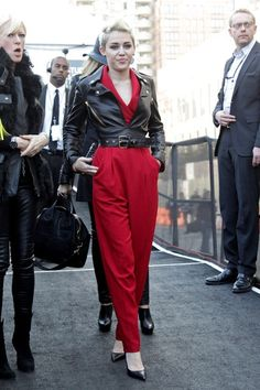 Divas Inspiration: Miley Cyrus and her leather jacket | Ella es Fashion