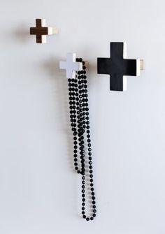 Zakkia Cross Wall Hook Black - Small