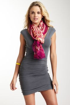 love the scarf <3