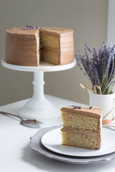 Try Earl Grey Cake with Chocolate Lavender Frosting! You'll just need For the Earl Grey Cake:, 1 cup mL) whole milk, 1 vanilla bean, 4 bags Earl Grey. Earl Grey Cake, Earl Grey Tea, Bolo Red Velvet, Cake Recipes, Dessert Recipes, Party Desserts, Frosting Recipes, Culinary Lavender, Cupcake Cakes