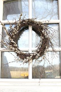 Pussy-Willow wreath - love it Front Door Decor, Wreaths For Front Door, Door Wreaths, Willow Wreath, Grapevine Wreath, Spring Shower, Easter Traditions, Diy Arts And Crafts, Fall Wreaths