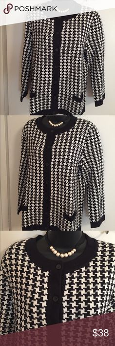 Lands' End Cotton Houndstooth Cardigan Excellent Condition - Never Worn. Heavier Cotton Knit to Hold Wonderful Jacket/Cardigan Shape. Front Has Two Pockets. Black and White Houndstooth Design. Great Piece for Fall. Size Medium 10-12. Lands' End Sweaters Cardigans