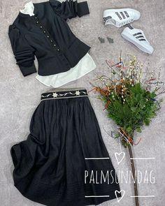 bader.obermaiselstein Grey Fashion, Harem Pants, Lifestyle, Clothes, Outfits, Harem Trousers, Clothing, Kleding, Harlem Pants