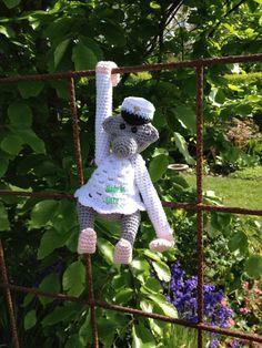 Kay Boysen inspireret abe i studenter kostume