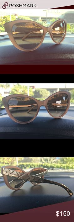 70812f603b88 Burberry sunglasses Tanish pale pink frames gold authentic Burberry sides Burberry  Accessories Sunglasses Burberry Sunglasses