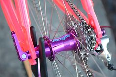 BMX - highly decorated with bright anodised components Montague Bike, Human Icon, Bike Components, Retro Bike, Bmx Bicycle, Cycling Workout, Bike Parts, Classic Bikes, Bike Accessories