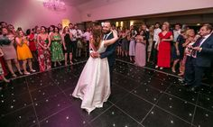 The First Dance #BotleysMansion #BijouWeddingVenue #JewishWedding #LuxuryWedding #Surrey #Wedding #WeddingVenue #WeddingVenueSurrey #DreamWedding #FirstDance #Dancefloor