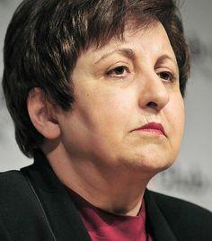 Shirin Ebadi Shirin Ebadi 1947-ben született Iránban. Az emberi jogokkal foglalkozó iráni ügyvédnő az első női bíró Irán történetében, akit Nobel Békedíjjal tüntettek ki. A díjat 2003-ban ítélték Ebadinak a muzulmán nők jogaiért folytatott, évek óta tartó küzdelmének elismeréseképpen.